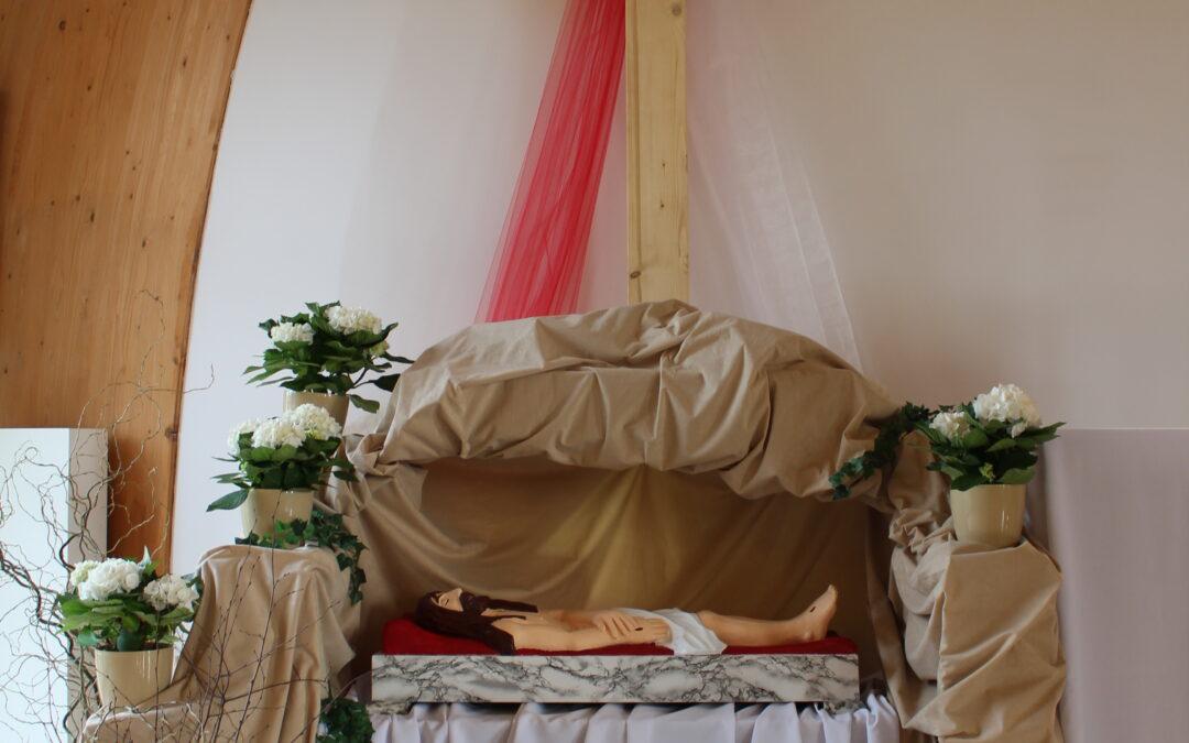 Wielkanocny wystrój kościoła 2021